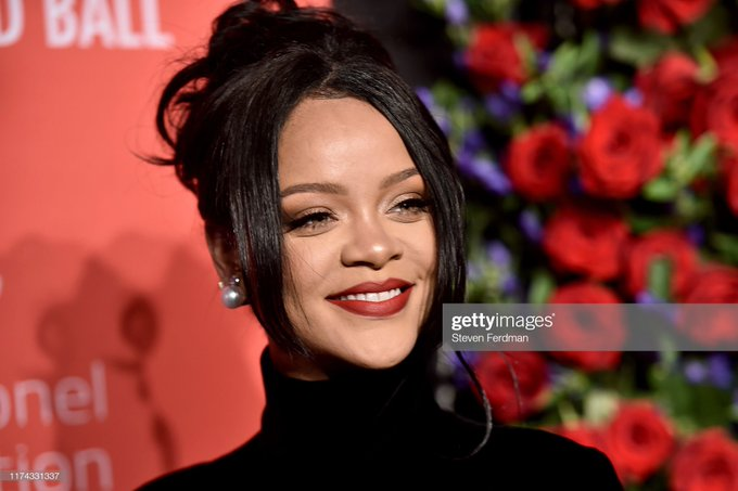Is Rihanna Pregnant? Baby Bump Spotted! - Image Courtesy