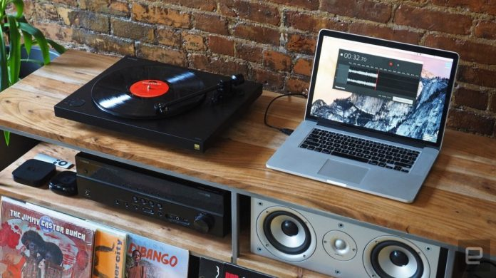 How to Connect a Turntable to a Laptop
