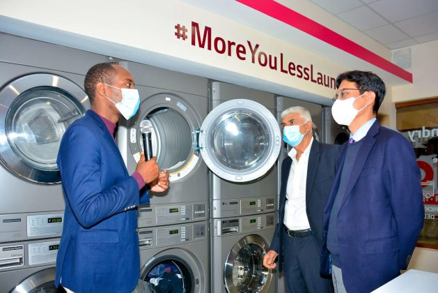 L-R-Brian-Gacheru-Pristine-Linen-Laundry-Ltd-Shailesh-Kanani-MD-...-1-scaled